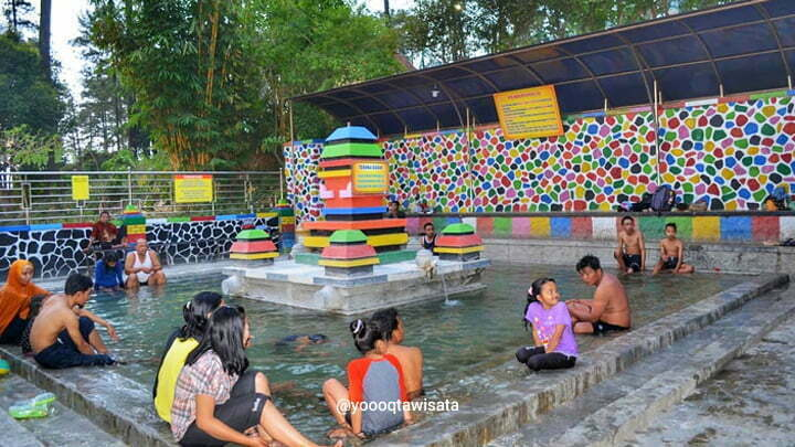 kolam whirpool air panas pacet